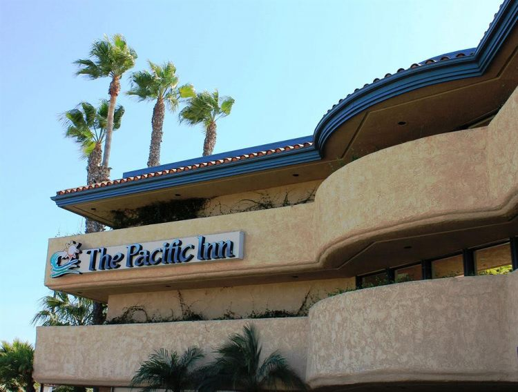 The Pacific Inn (lgb)